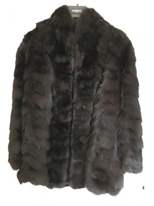 Палто от черна лисица
