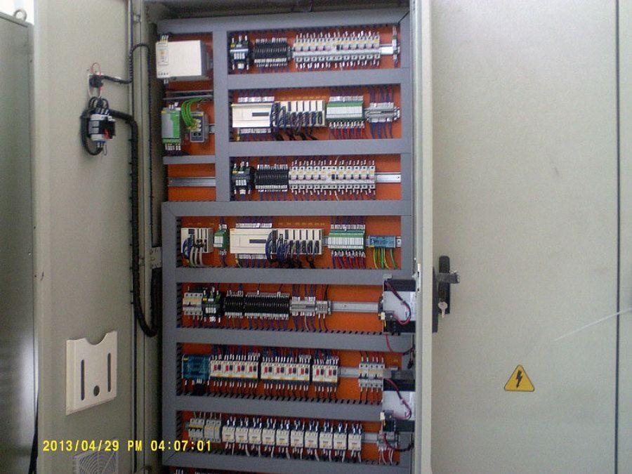 Instalação eléctrica domestico / Industrial eTubagem de cabos Tv
