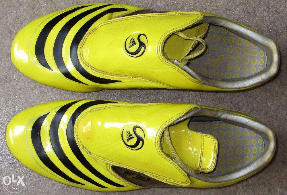 Adidas F30 - original crampoane