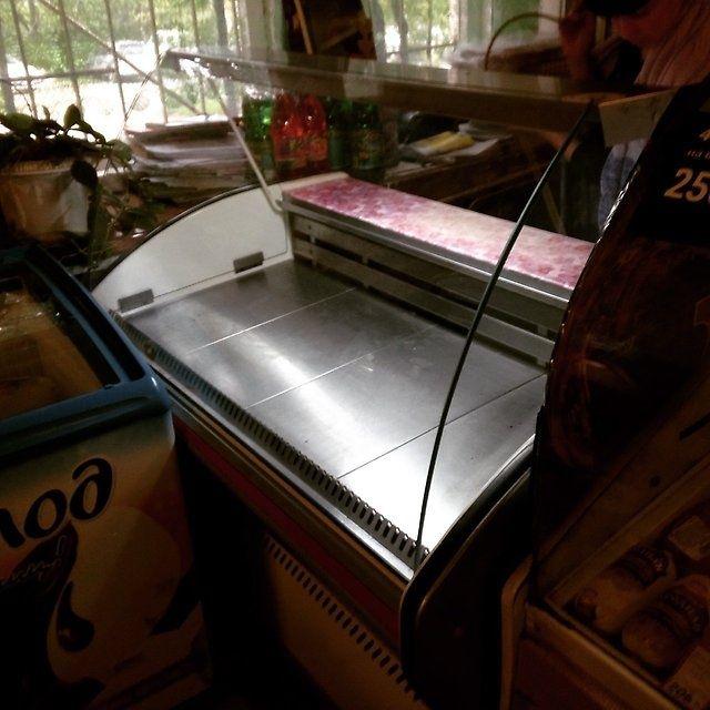Стекла на холодильные витрины.