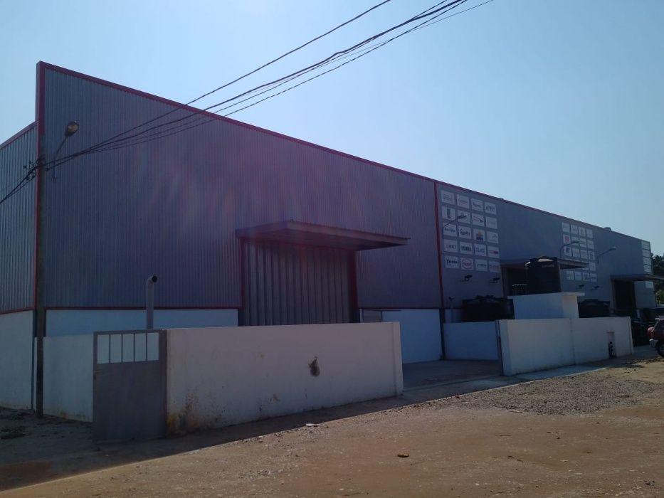 Vendemos Armazém com 850 m² na Matola