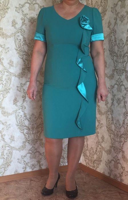 Красивое платье 48-50 р-ра Европа!