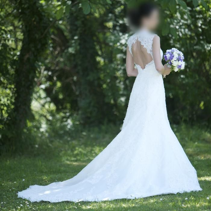Сватбена рокля