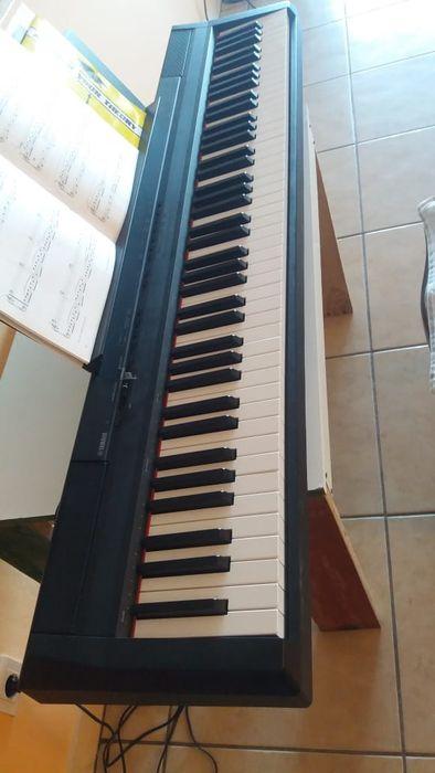 Digital piano yamaha p 105