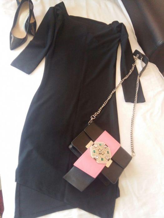 Нова черна рокля само за 15 лв.
