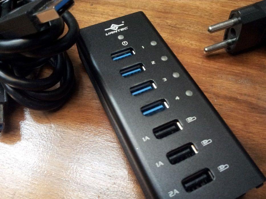 Vantec 4 Port USB 3.0 алуминиев интелигентен заряд