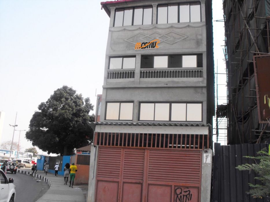 Edifício Inacabado Cassenda Maianga