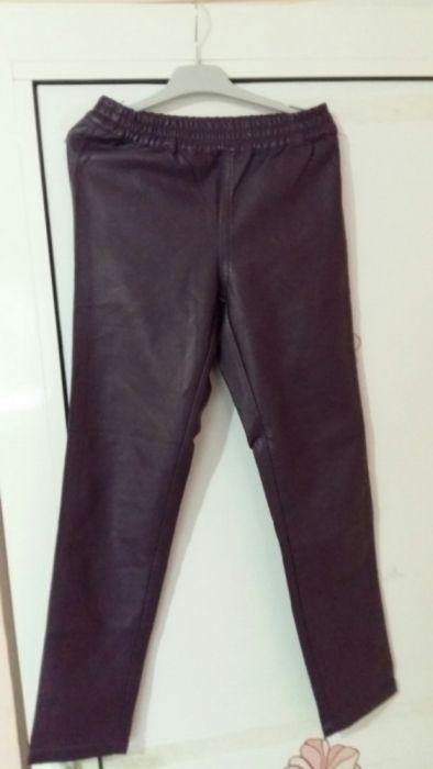Pantaloni piele pentru fete , mărimea 12 ani, mov închis.