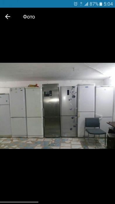 Продам холодильник в хорошем состаение