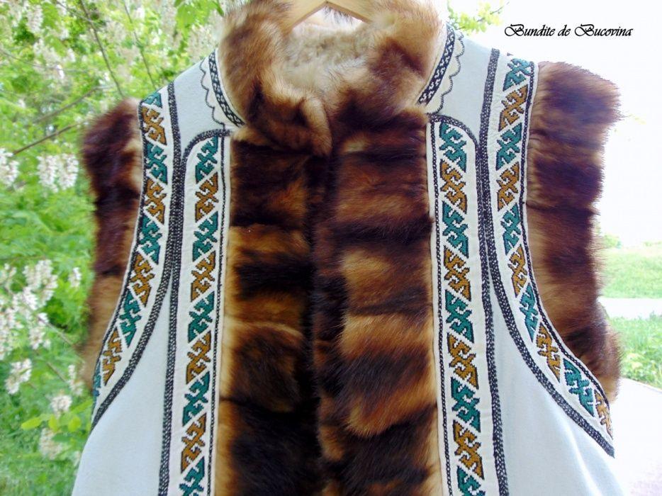 Bundita barbateasca traditionala cu blana de dihor
