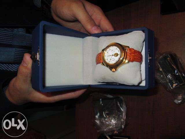 часы наручные наградные