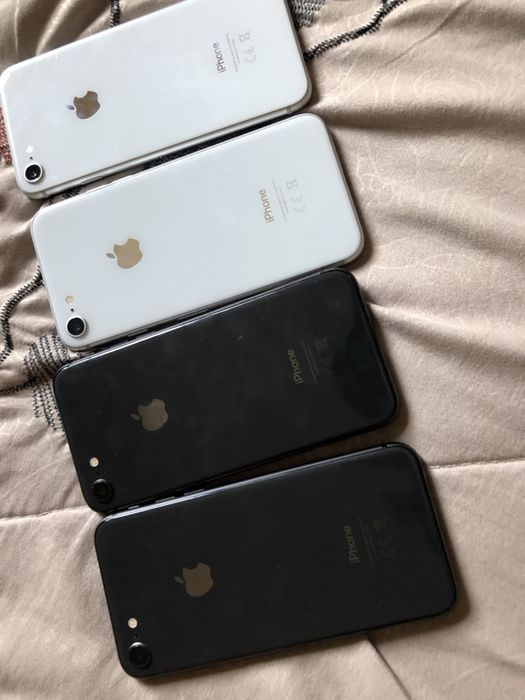 iPhone 8 64gb em stock