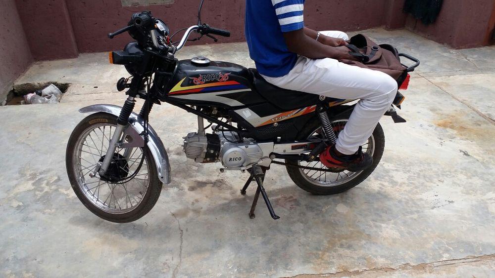 Moto Rico