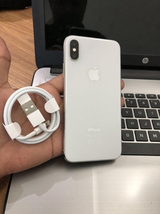 Vendo IPhone X(10) 64GB novo com oferta de cabo, aceito diferença