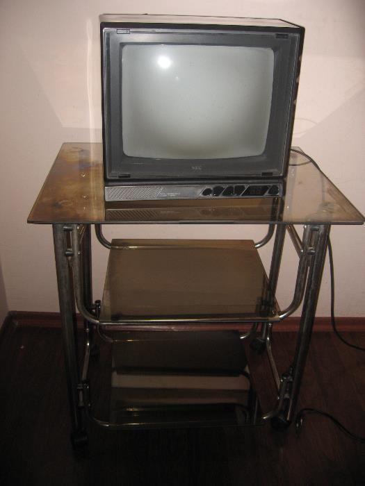 Продавам цветен телевизор за 30 лв