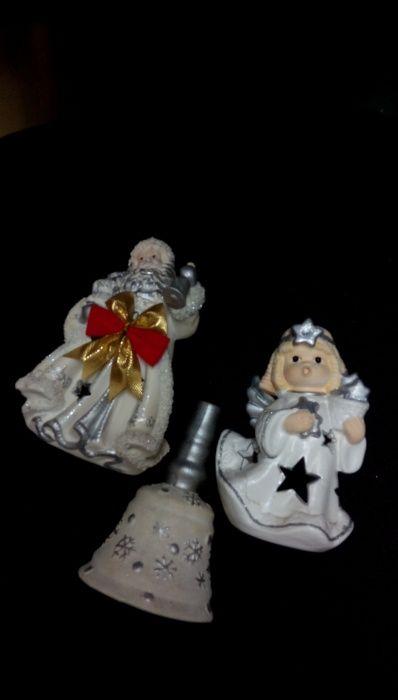 Коледни фигури - дядо Коледа, Снежанка и коледна камбана