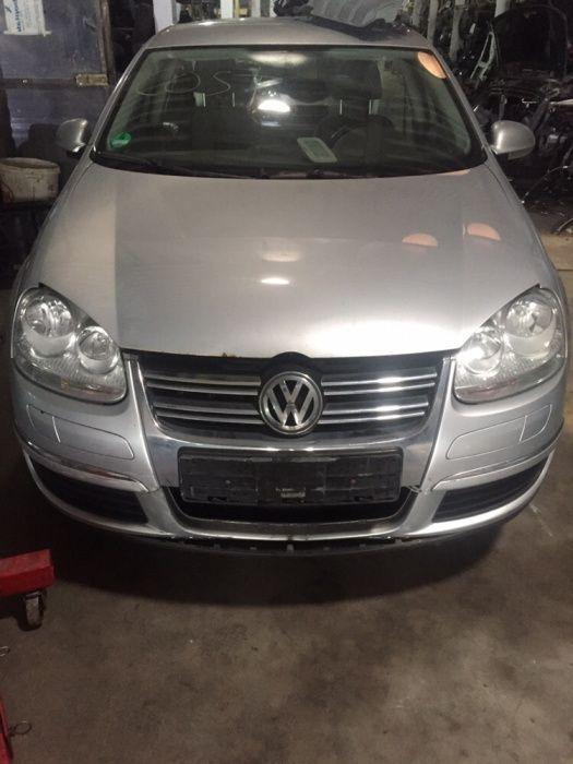 Dezmembram VW GOLF 5 BREAK 1.9 DIESEL BLS 2005
