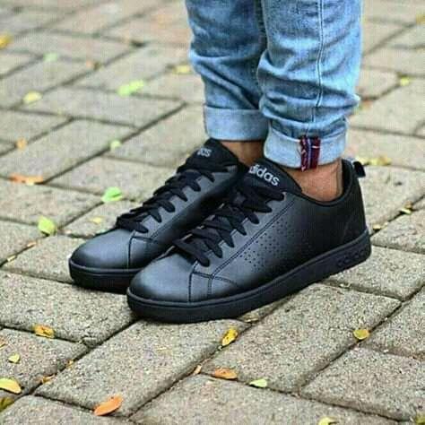 Tênis Da Adidas.