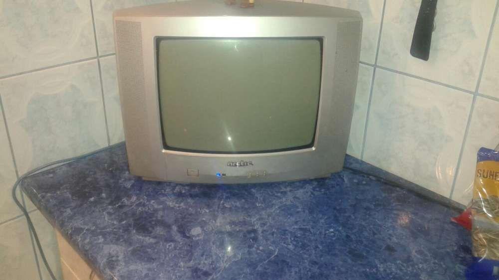 Vand televizor Arctic