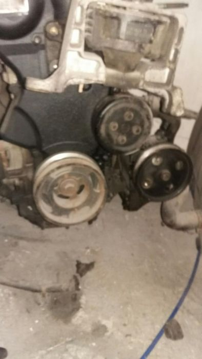Motor ford mondeo 2 1,6