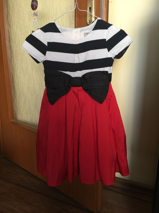 Детска рокля Next, 4-5 години, ръст: 110 см