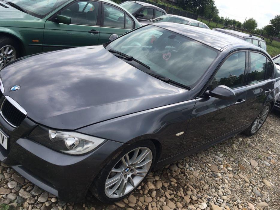 Dezmembrez BMW 320d E90 163cp M-packet interior-exterior