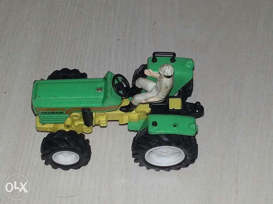 macheta tractor