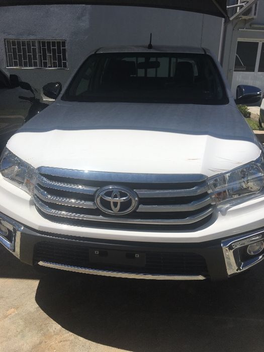 Vendo Toyota Hilux Nova Automática