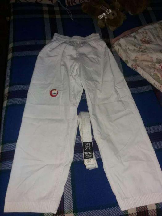 Calsa Dobok/ Kimono com Cinturao Branco pra Karate ou Taekwondo