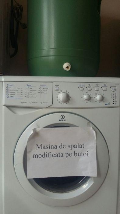Mașină de spălat pe butoi Indesit
