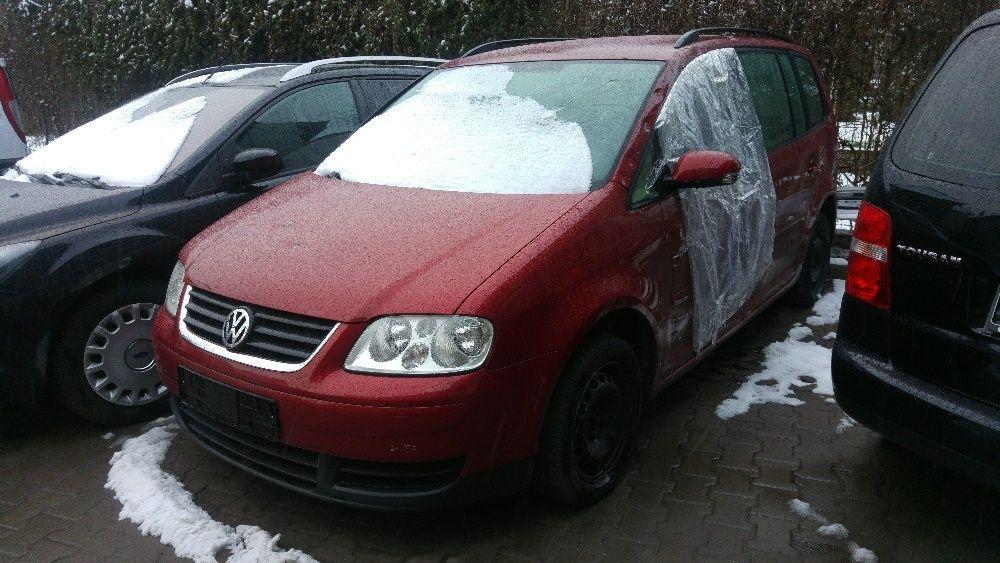 Dezmembrez VW Touran(Caddy) 1.6 FSI automata, 159.000km, orice piesa