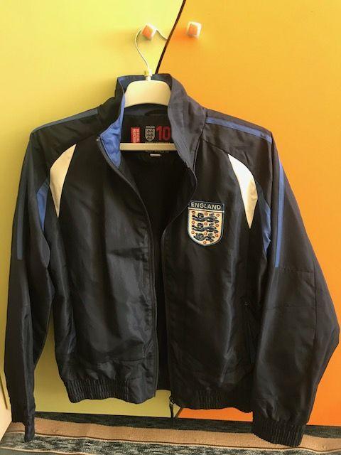 NEXT England, Адидас нови якета