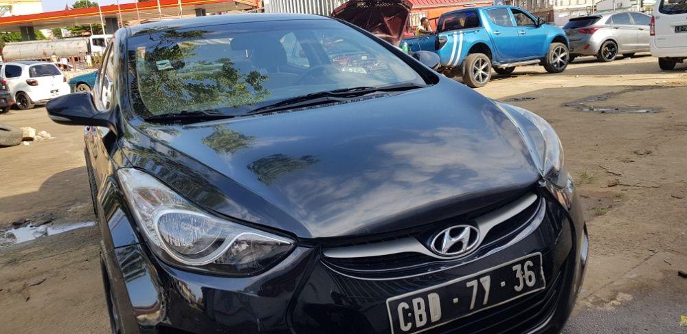 Hyundai Elantra bom preço (Cabinda)