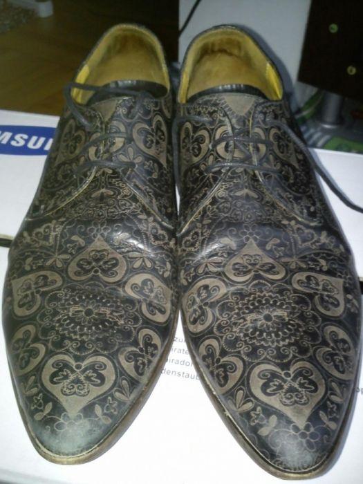 Vând pantofi nr 43