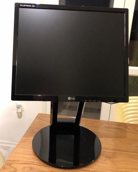 Монитор LG L1982U