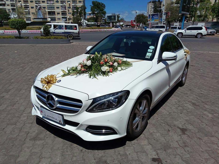 Mercedes 2017 em aluguer para casamentos
