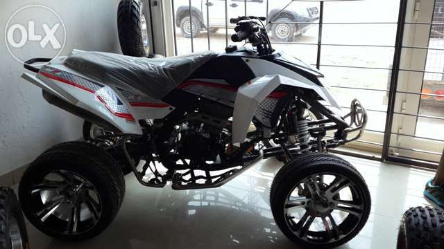 Moto4 300cc Marca: S*B