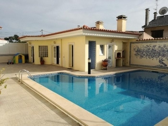 MoradiaT5 com piscina