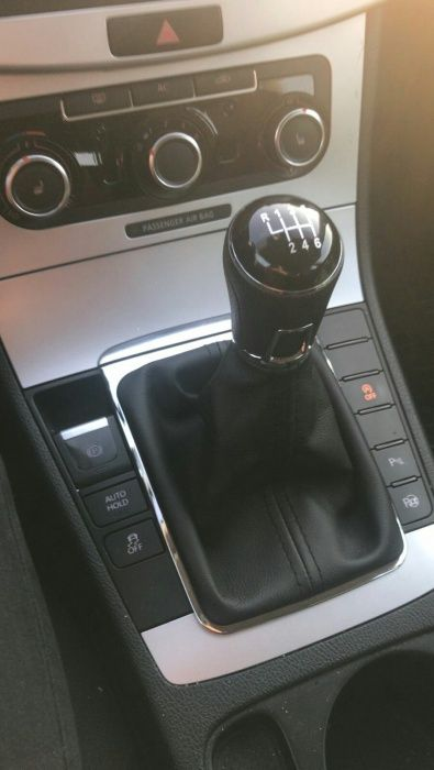 Nuca schimbator de viteze cu manson pentru Volkswagen Passat B7