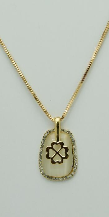 Colier auriu, pandantiv cu strasuri albe si cristal (5207)
