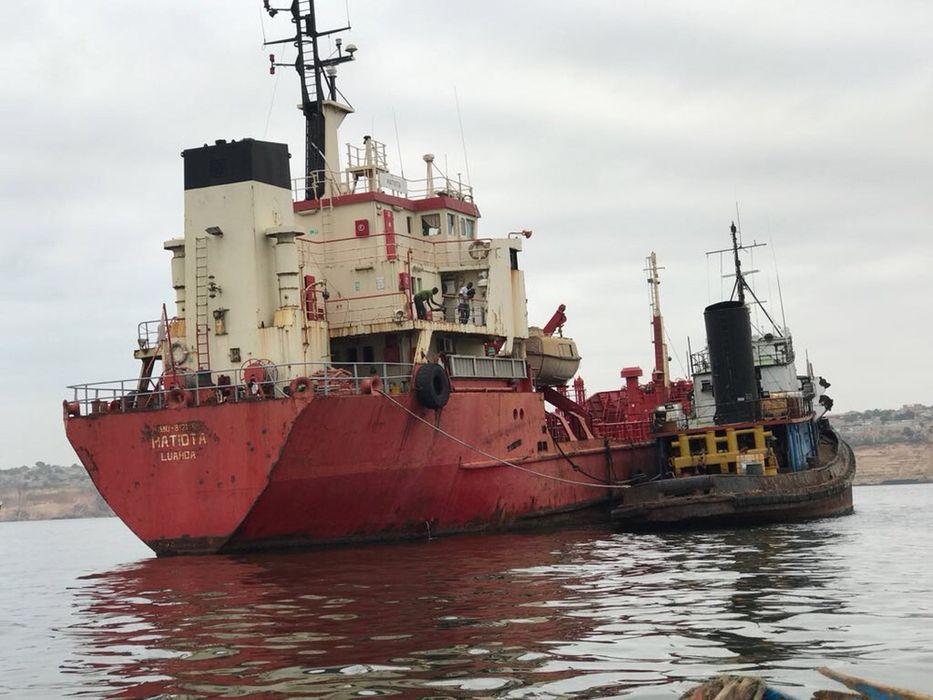 Navio Matiota de Aço