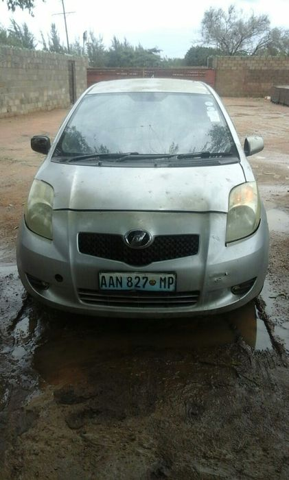 Toyota Vitz Super Clean