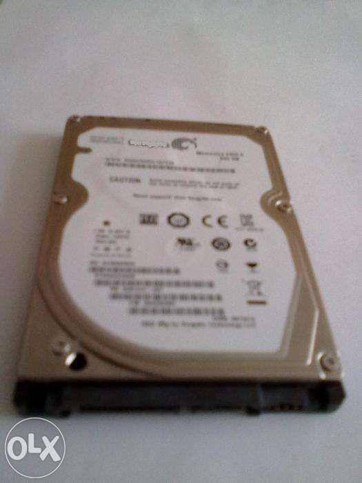 Hdd laptop / sata si memorie laptop ddr 2 / 2 gb