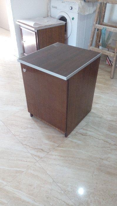 Шкафче за телевизор или дрехи и офис
