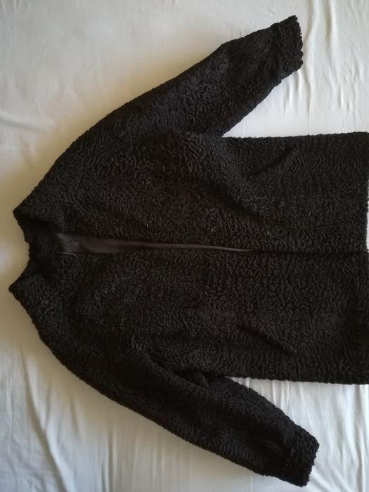 Haină din blană naturală de astrahan, culoare neagră