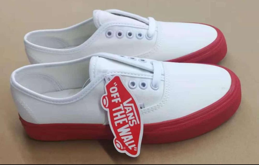 vans classic white red