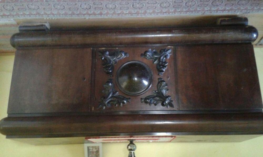 Servanta veche (mobila veche)