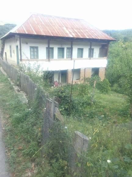 Vanzare  casa Mehedinti, Obarsia-Closani  - 10556 EURO