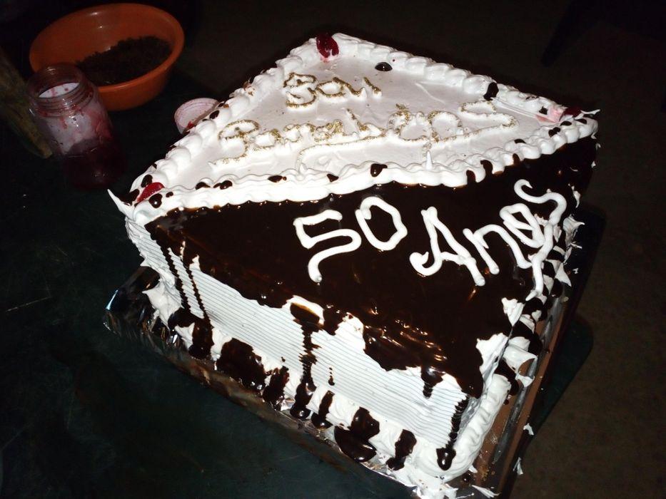Encomende bolos e salgados e Fazemos serviço de catering