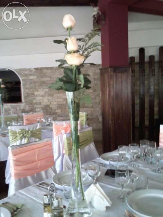 vand decoratiuni evenimente 3000 euro,negociabil